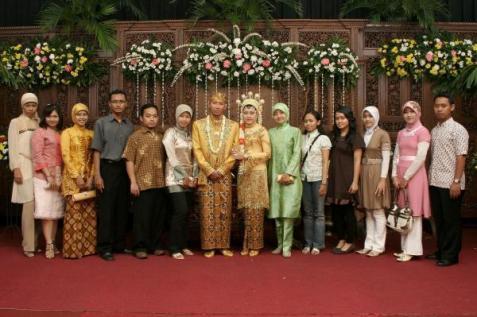 Sari's Wedding